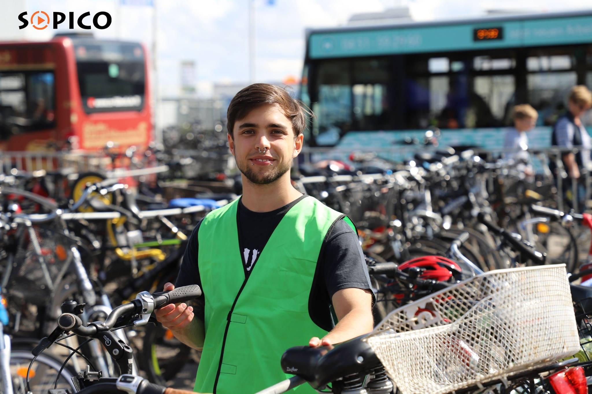 Fahrrad Sammelstelle 100 Jahre Flughafen Lübeck